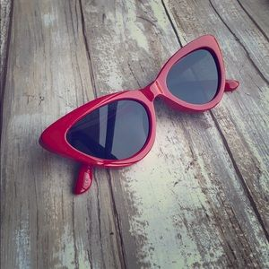 Urban outfitters small red sunglasses